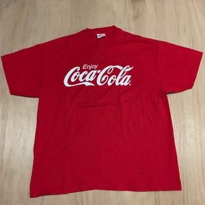 VINTAGE COCA COLA Tee Enjoy Spelled Out Coca Cola